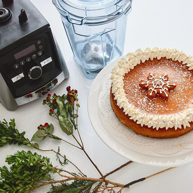Blender Gingerbread Cheesecake
