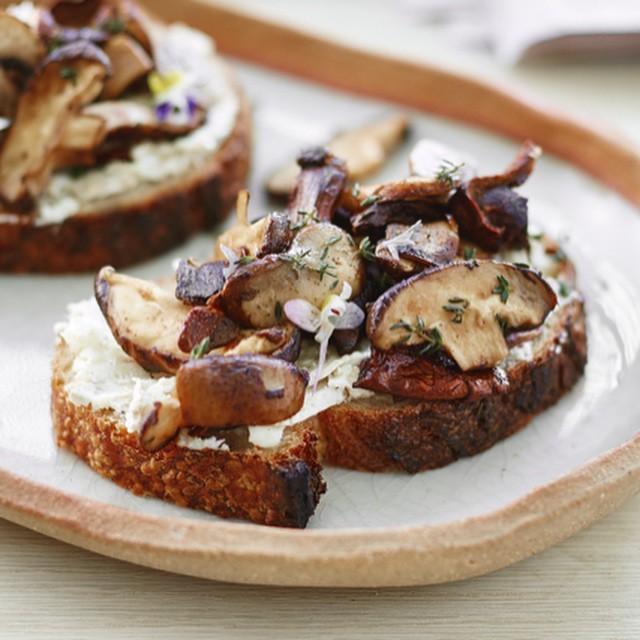 Wild Mushroom Goat Cheese Bruschetta