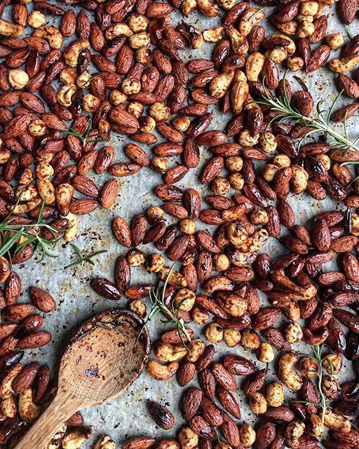 Honey And Rosemary Roasted Nuts