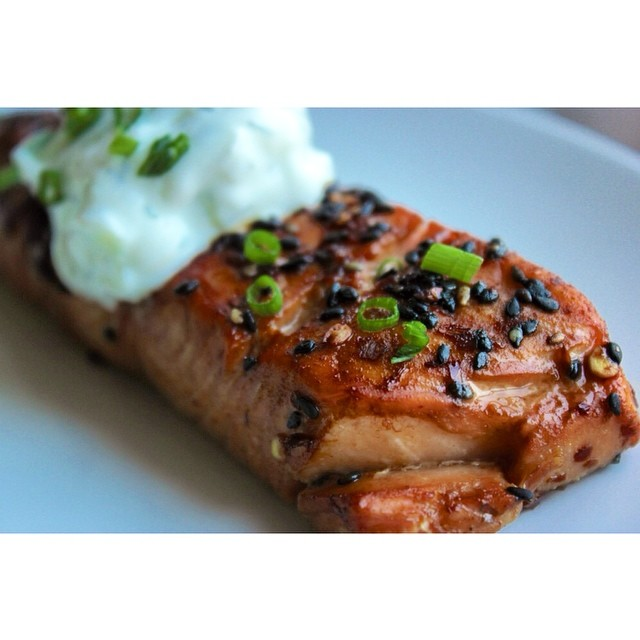 Chile And Garlic Black Sesame Salmon With Cucumber And Dill Yogurt Sauce