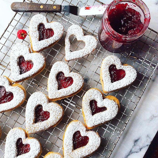 Heart Linzer Cookies With Raspberry Jam