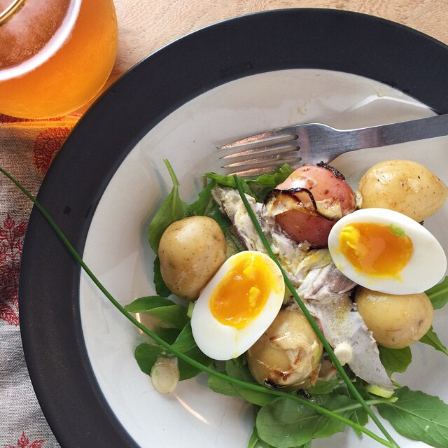 Arugula #salad With Smoked Bluefish, Boiled Eggs, Caramelized Onions Tossed In A Lemon Horseradish Vinaigrette