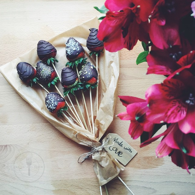 Chocolate Covered Strawberries Bouquet By Faridah88 Quick Easy Recipe The Feedfeed