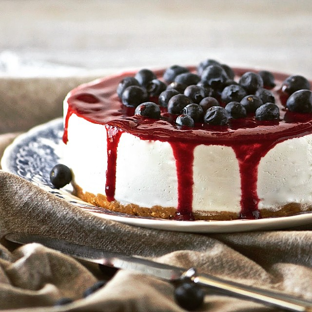 No-cook Berry Cheesecake
