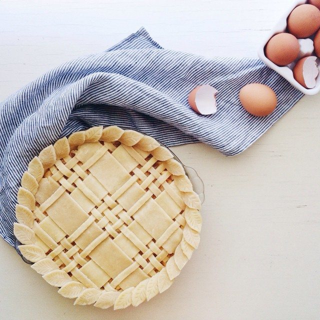 Plaid Crust Pie