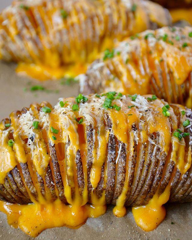 Cheesy Parmesan And Cheddar Hasselback Potatoes