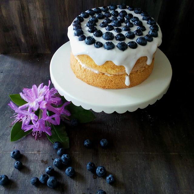 Gluten Free Sponge Cake With Vegan Meringue Glaze