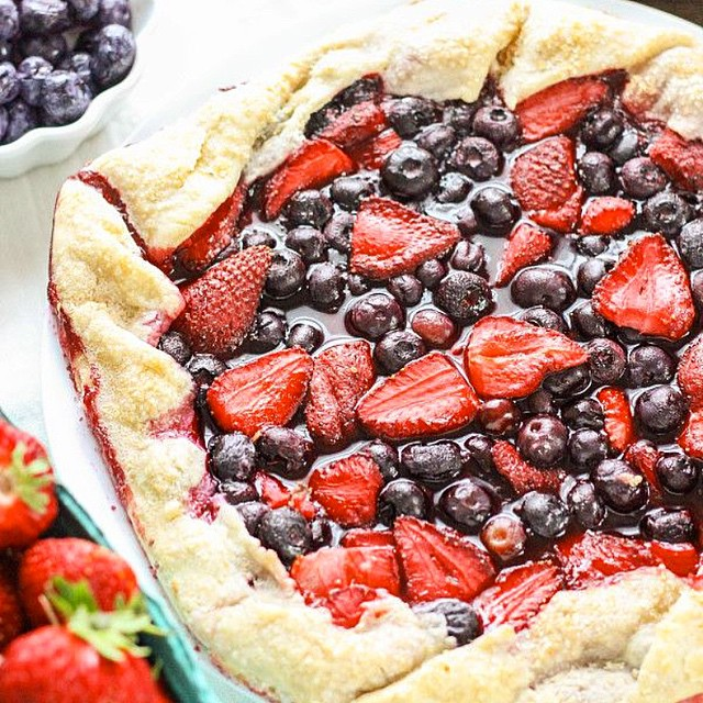 Rustic Strawberry And Blueberry Pie