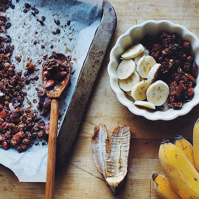 Almond Crunch Cocoa Granola