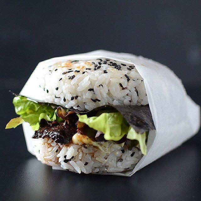Teriyaki Flank Steak Sushi Burgers With Lettuce, Avocado, Kewpie Mayonnaise, Wasabi And Fried Egg