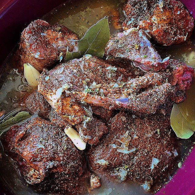 Easy Barbacoa Beef Cheeks