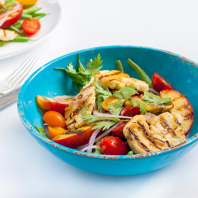 Grilled Halloumi And Peach Salad