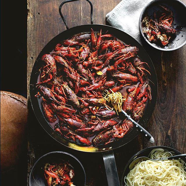 Sichuan-style Mala Butter Crayfish
