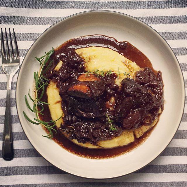 Braised Beef Short Ribs With Balsamic Blueberries & Mascarpone Polenta