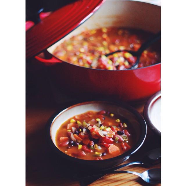 Fire-roasted Tomato Vegetarian Chili