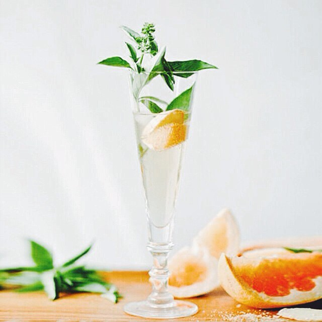 basil simple syrup // grapefruit juice // prosecco //sparkling water