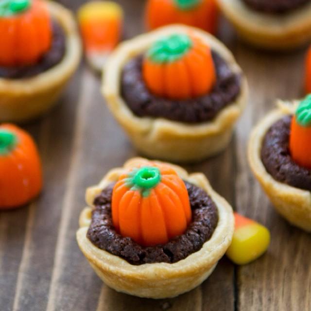 Candy Corn Brownies In Pie Crust