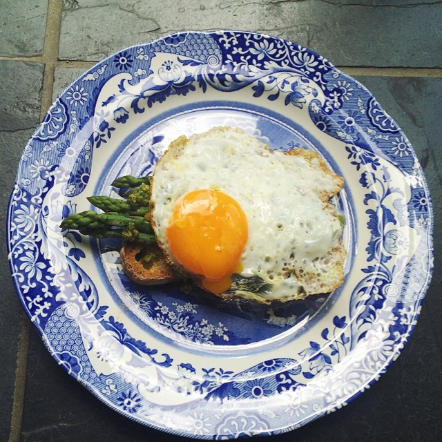 Oozy Egg On Asparagus With Pesto On Sourdough