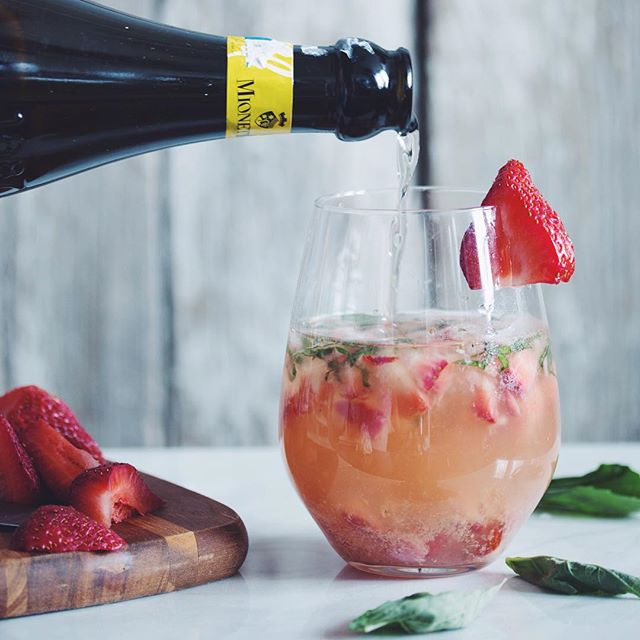 let's pretend it's Friday ! make our strawberry ginger basil prosecco cocktail