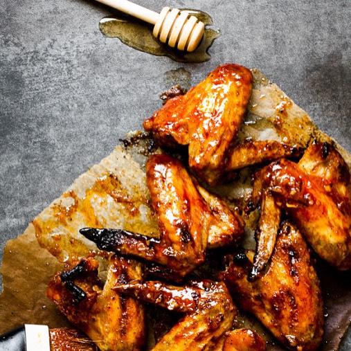 Honey Sriracha Glazed Chicken Wings With Ginger And Lemon