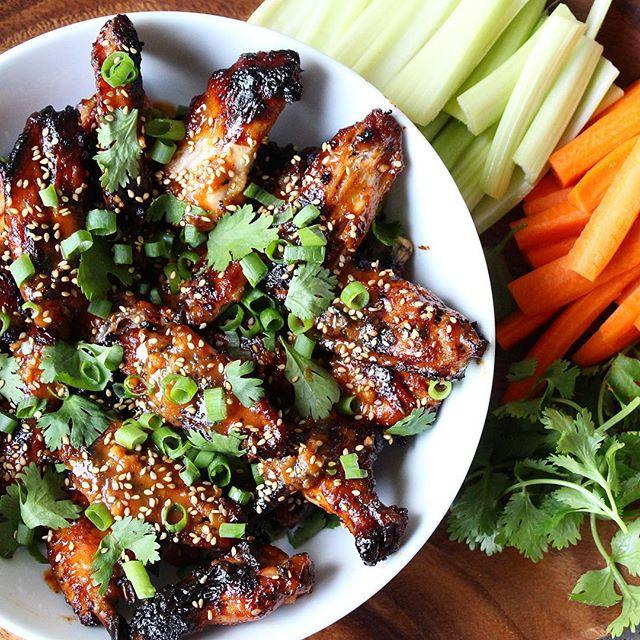 Sriracha, Ginger & Honey Baked Chicken Wings