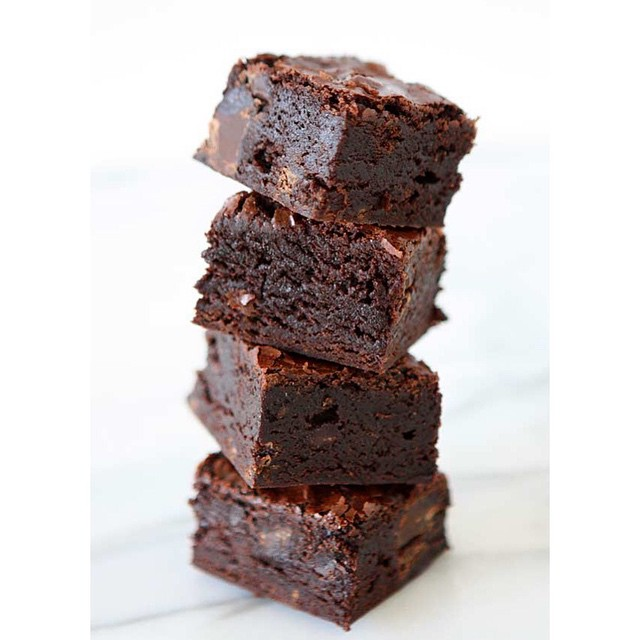 Dark Chocolate Brownies With Chocolate Chunks