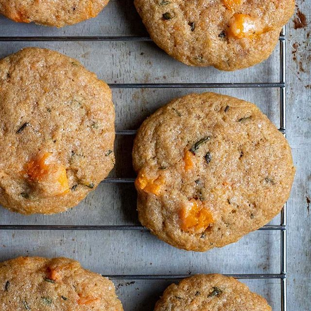 Rosemary Cookies with Roasted Honeynut