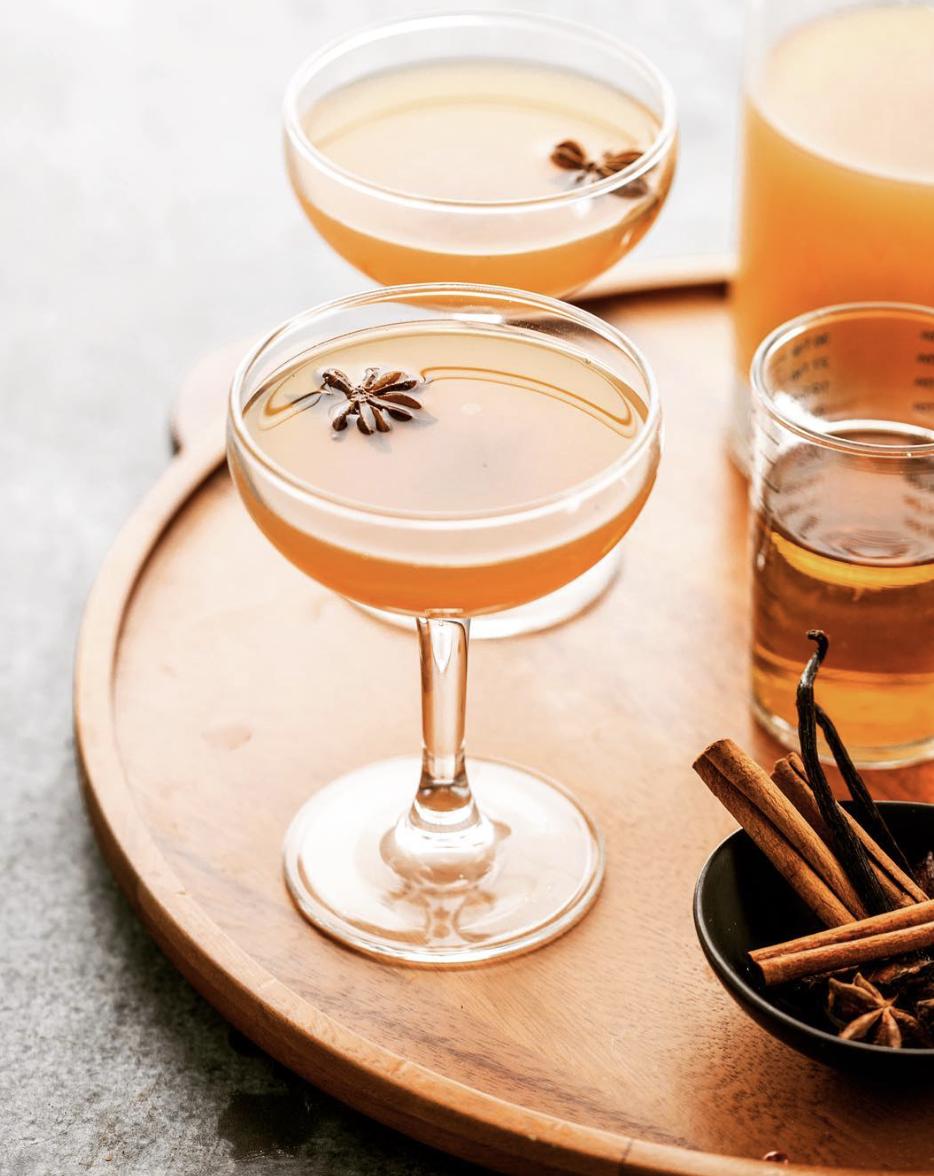 Spiced Apple Cider Chai Cocktail