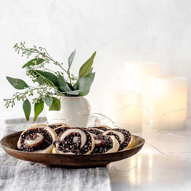 Sesame and Cardamom Swirl Puff Pastry