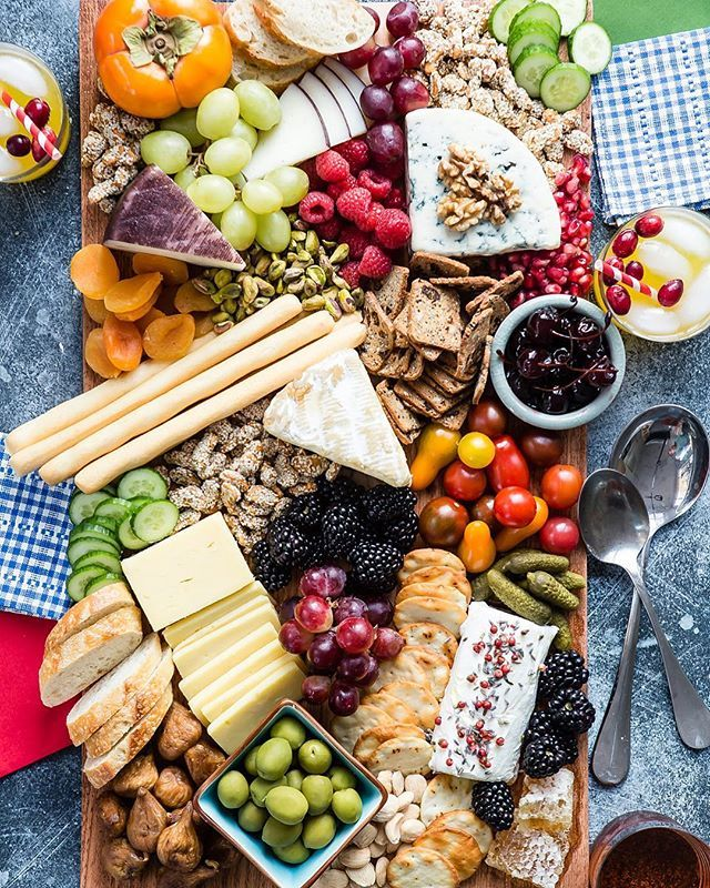 Thanksgiving Cheese and Fruit Board