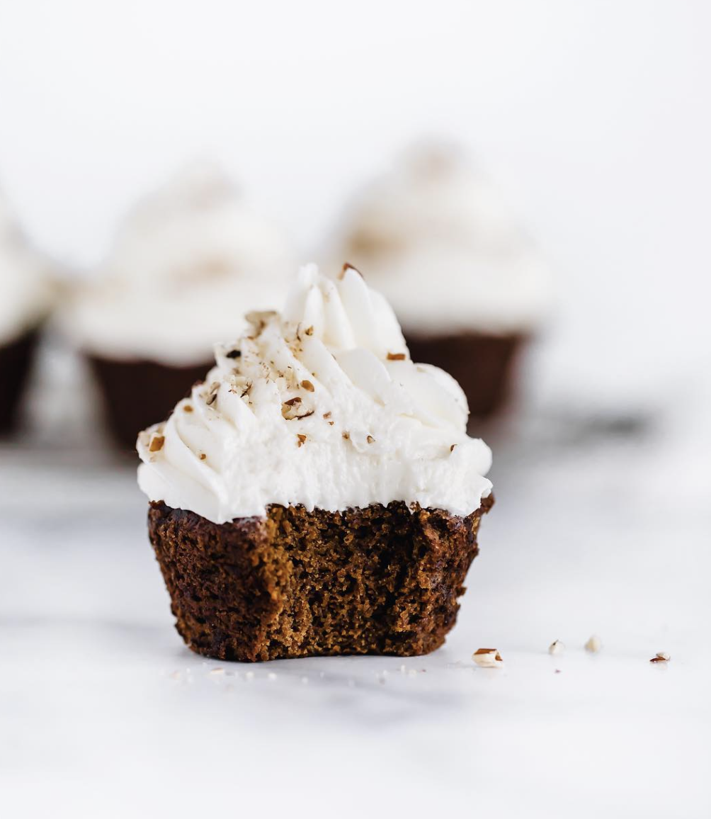 Maple Buttercream Frosted Gingerbread Cupcakes