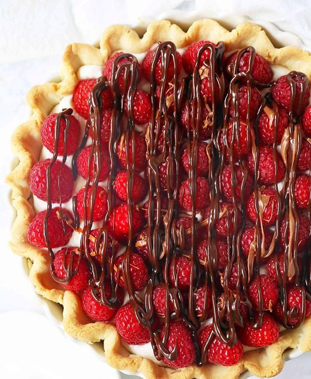 Almond Cream Cheese Raspberry Pie with Chocolate Drizzle