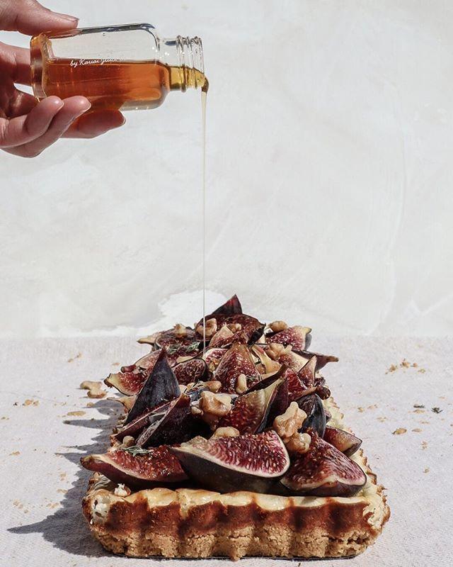 Fresh Fig Tart with Rosemary Crust