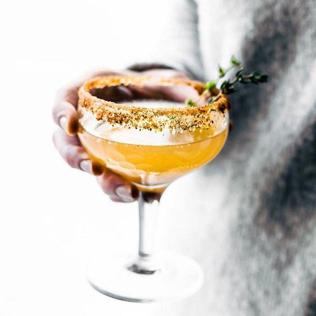 Sparkling Pear and Honey Mocktails