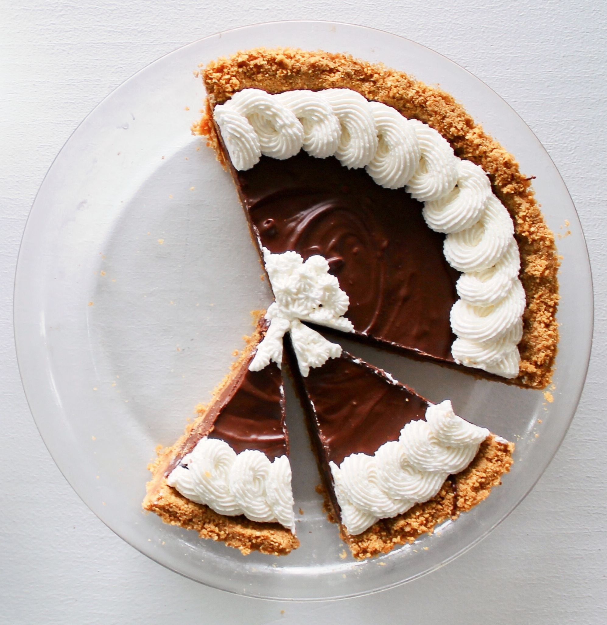 Fluffernutter Chocolate Pie