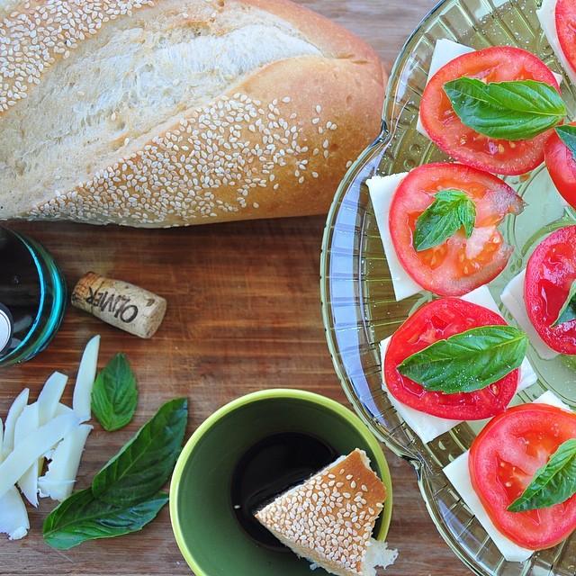 Mini Caprese Salad with Balsamic Vinegar