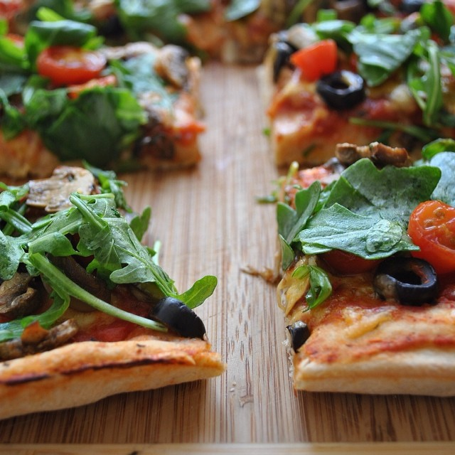 Whole Wheat Pizza with Citrus And Veggies