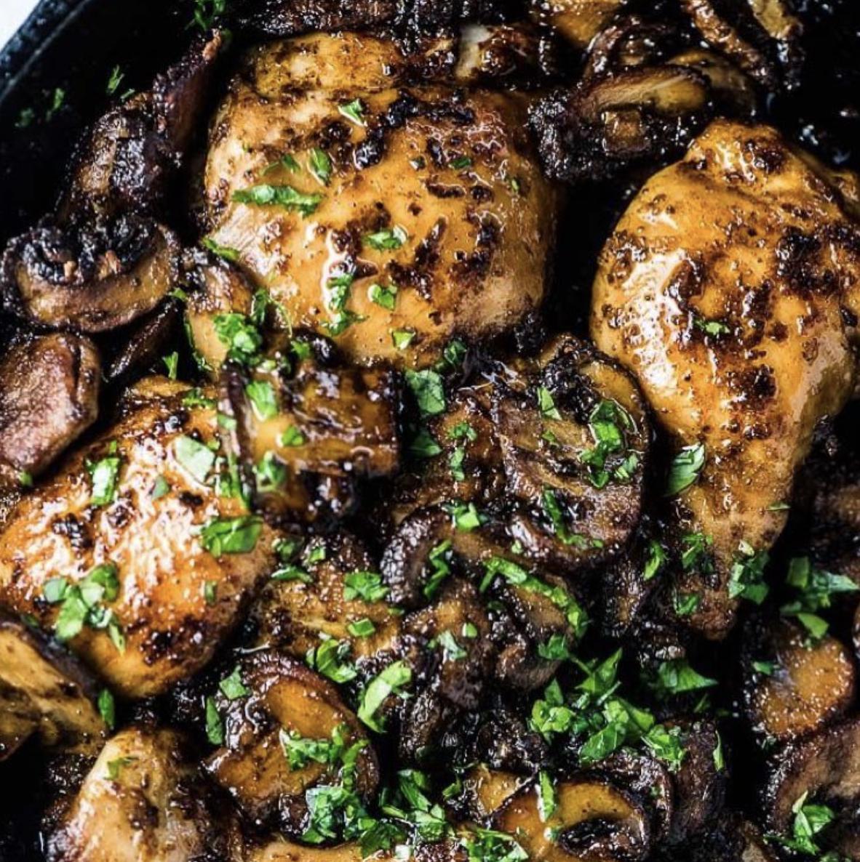 Garlic Chicken with Mushrooms