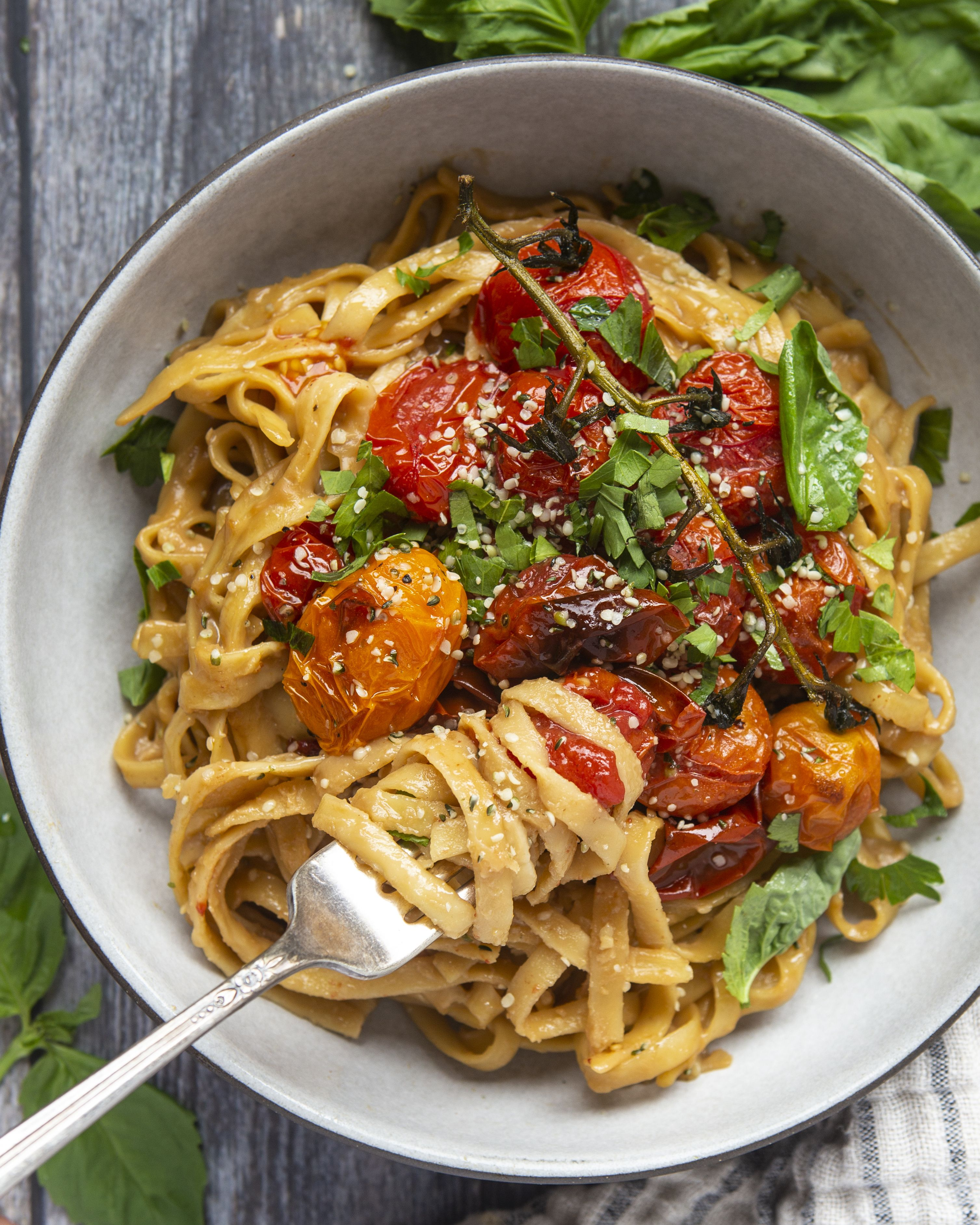 Creamy Garlic Fettuccine with Roasted Tomatoes