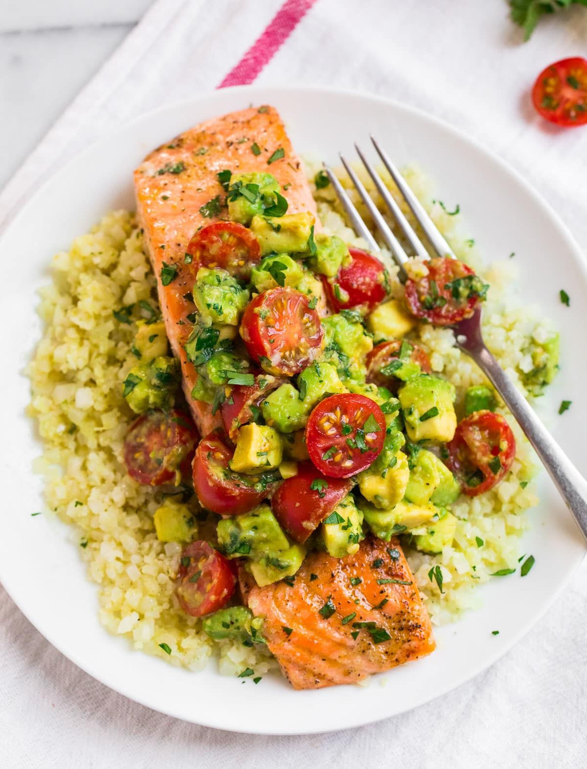 Baked Salmon with Creamy Avocado Sauce
