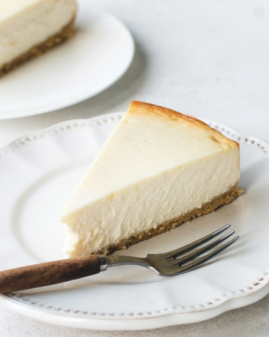 New York Cheesecake with Graham Cracker Crust