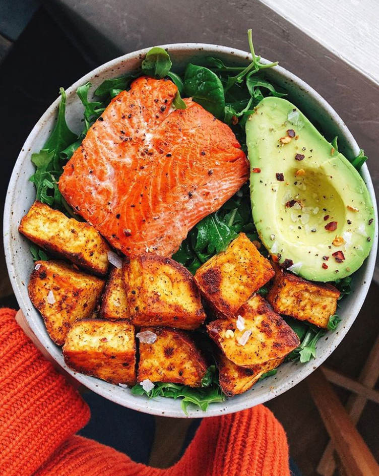 Spiced Salmon Veggie Bowl