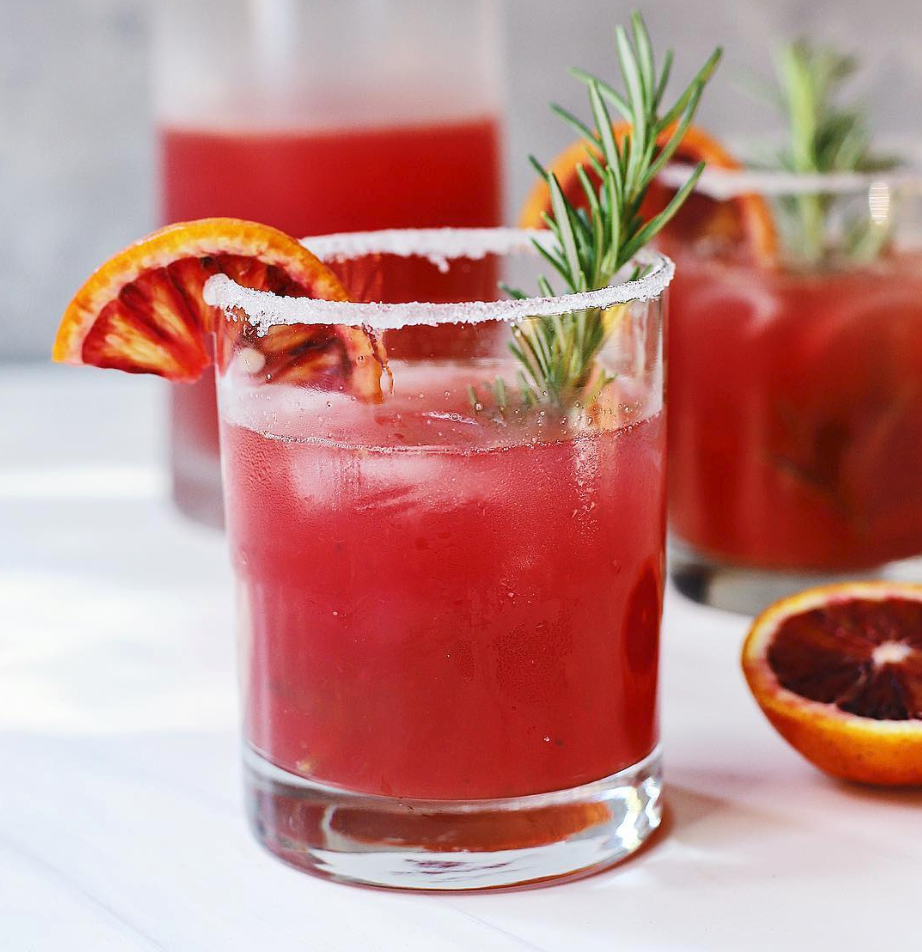 Rosemary Infused Grapefruit Paloma