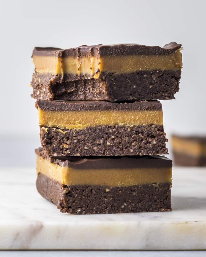 No-Bake Peanut Butter Caramel Brownies