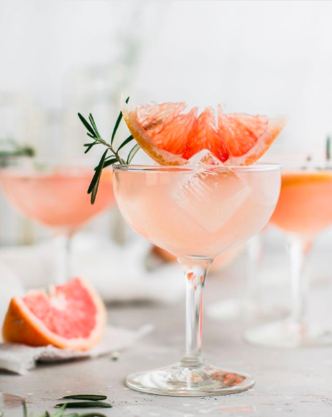 Rosemary Grapefruit Lemonade Sparklers