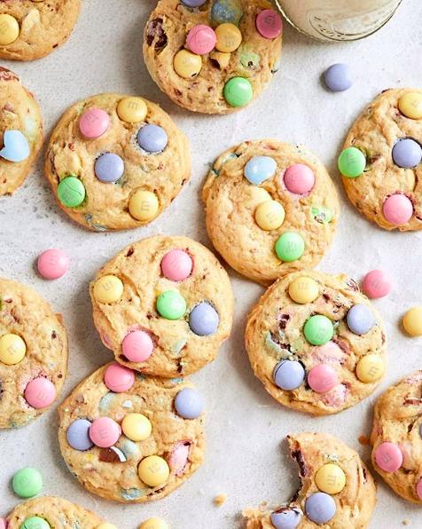 Easter Egg Cheesecake Cookies