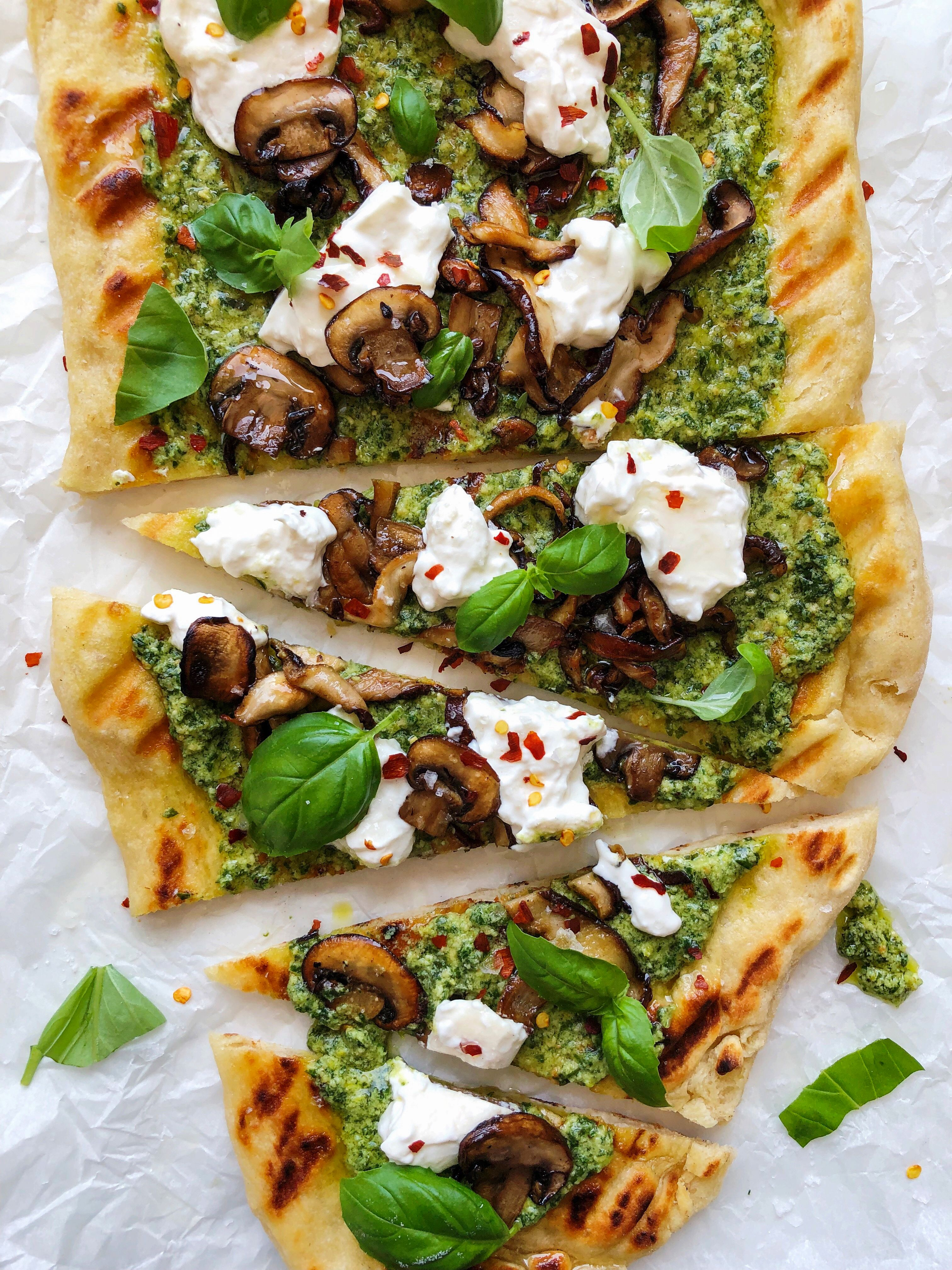 Grilled Pizza with Pesto, Mushrooms and Garlic Oil