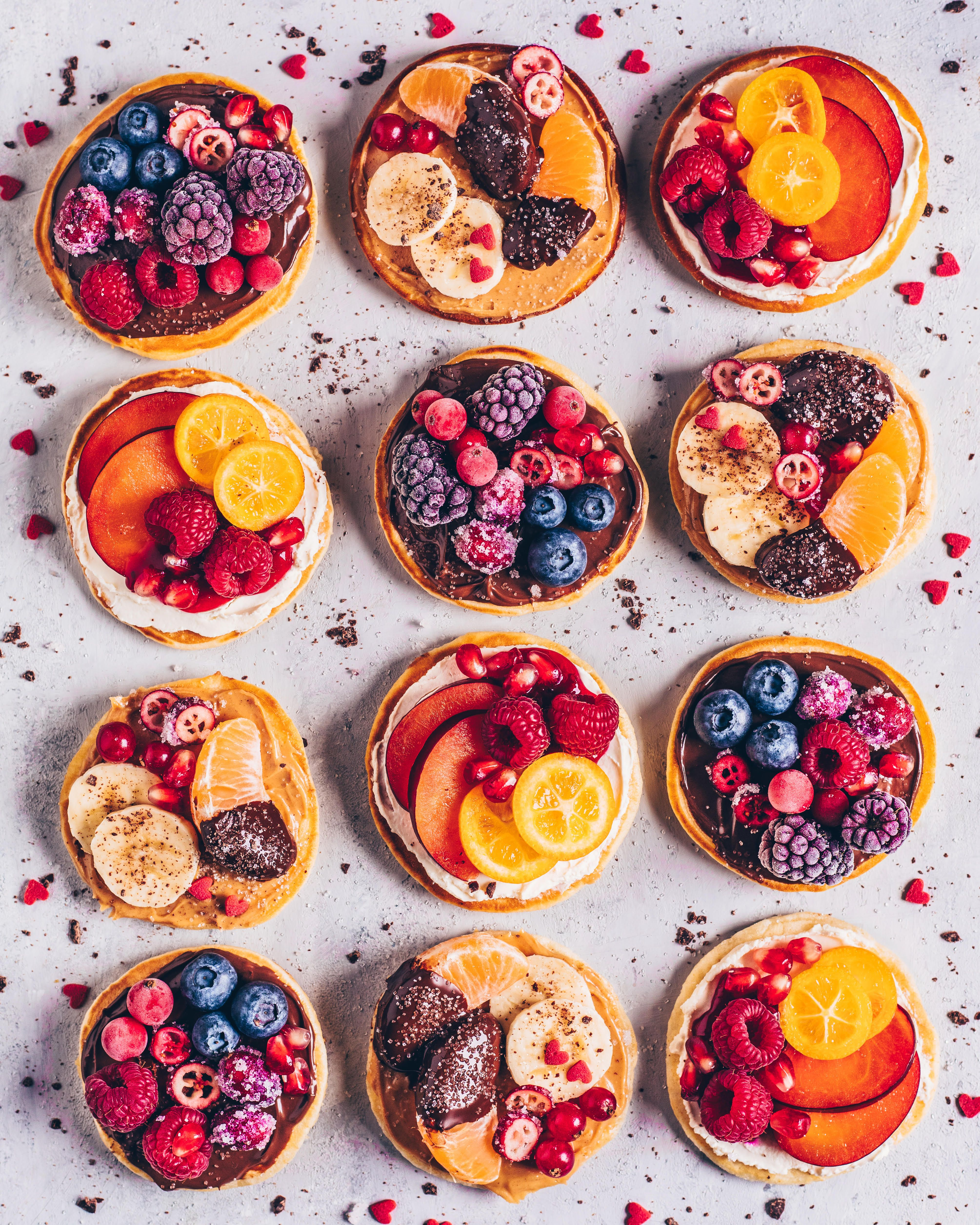 Easy Pancakes with Fresh Fruit