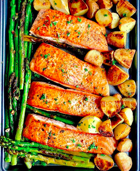 Lemon Garlic Butter Baked Salmon with Potatoes and Asparagus