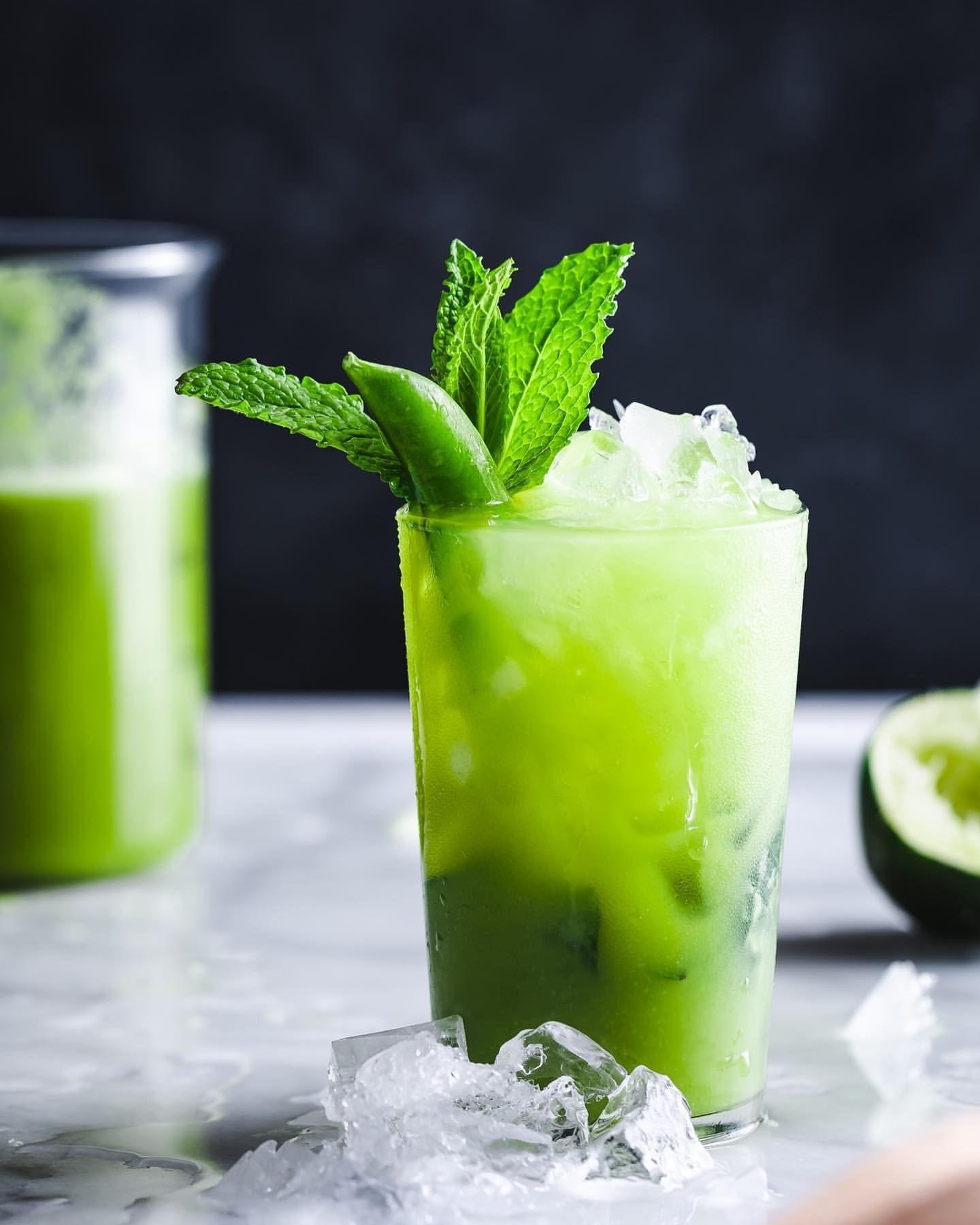 Sugar Snap Pea Mint Mocktail
